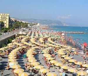la spiaggia di Albenga