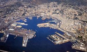 veduta panoramica del porto di Genova