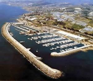 il molo di San Lorenzo al Mare