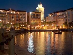 la piazzetta di Portofino di notte